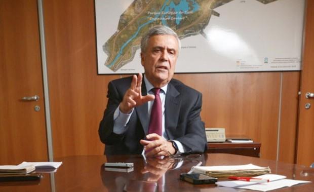 O secretário estadual de Recursos Hídricos de São Paulo, Benedito Braga, em entrevista em seu gabinete. Imagem: Karime Xavier/Folhapress